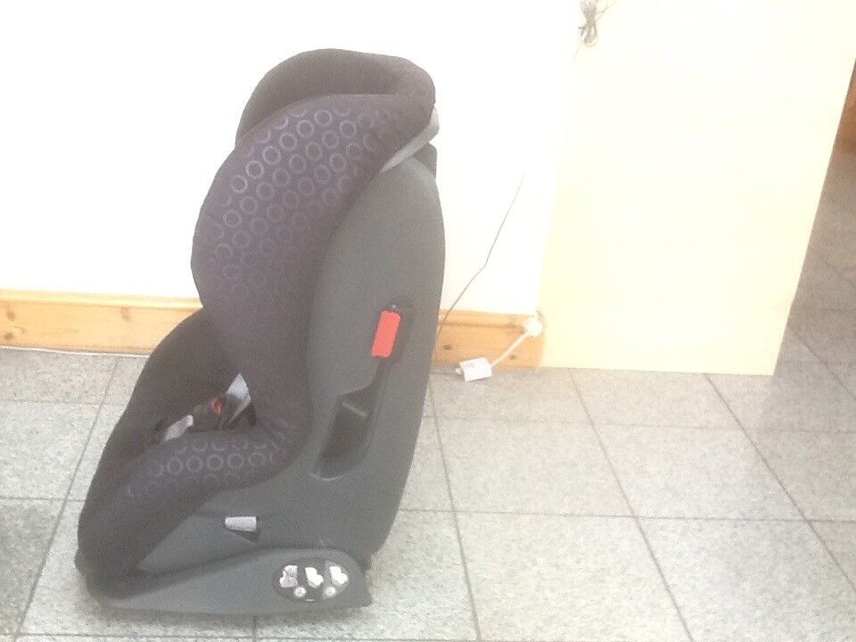 Britax Prince Slim Car Seat For 9mths To 4yrs9kg 18kgideal Small Cars Coupeswashedcleaned
