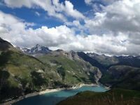 Web designer, immediate start. Tignes, beautiful French Alps. Part time in lieu of working holiday.