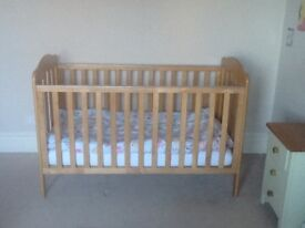 mamas and papas eloise cot bed