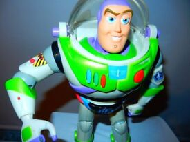 Toy Pixar Story Buzz Lightyear Talking Action Figure Disney Ultimate Gift Collection 2001