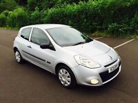2011 Renault Clio ' BIZU ' Model ** LOW MILES/FULL YEARS MOT ** (a3,a4,corsa,golf,leon,207)