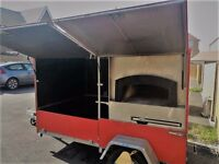 mobile wood fire pizza oven