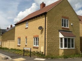 GREAT Double Bedroom in 3 bed house. Fully furnished, Sky tv, fibre, parking,garden £160pw
