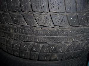 2 pneus d'hiver 195/60/14 Triangle Snow Lion, 50% d'usure, mesure 6/32.