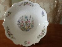 Two Aynsley fine bone china plates (ornamental)