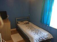 2 BEDROOM FLAT WITH HUGE GARDEN