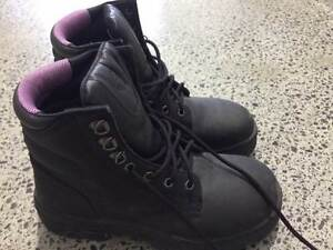 Blue Steel Orthu Rebound boots - worn once Manly Brisbane South East Preview