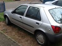 1999 Ford Fiesta spares repair/ donor car. Starts and drives