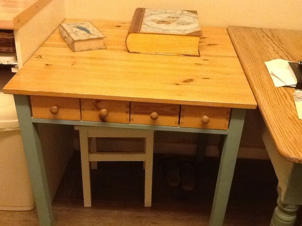Shabby chic pine table with painted legs
