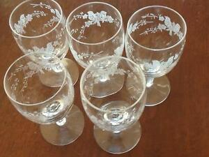 Vintage Etched Small Wine Glasses x 5 Taren Point Sutherland Area Preview