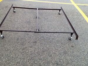 Queen,double bed frame with centre support