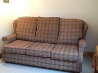 Double Sofa bed, only used a couple of times, very comfortable; 190cm x 110 cm x 93 cm g