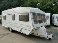 VINTAGE/RETRO CARAVAN TROPHY 5 BERTH WITH AWNING