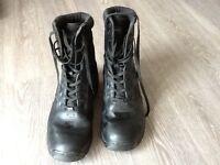 Men s UK size 12 Magnum Army/Walking boots , black excellent condition