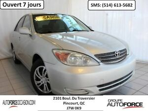 2002 Toyota Camry LE 4CYL AUT AC TOUTE EQUIPE WOW