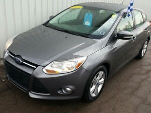 2013 Ford Focus SE SOLID SEDAN WITH AWESOME STYLING, COMFORT...