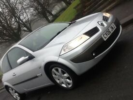 2006 RENAULT MEGANE 1.6 MAXIM 3 DOOR HATCHBACK IN SUPERB CONDITION AND DRIVES LIKE NEW