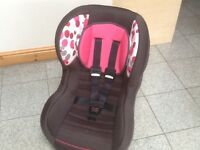 Newborn upto 18kg(upto 4yrs)rear and forward facing group 0+1 car seat-reclines,is washed & cleaned
