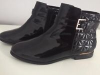Black patent Ted Baker Chelsea boots, size 4.