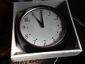 New battery operated clock