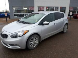 2016 Kia Forte 2.0L LX+ 1 Owner - Accident Free - Bluetooth -...