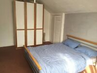 Two large double rooms for rent in town center all bills are included