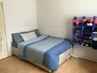 !!!!!! room to rent in London Bridge station.