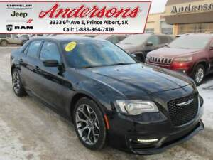 2018 Chrysler 300 S *Sunroof/Command Start*