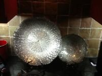 2 attractive silver bowls,cost £70 from Housing Units,1 large,1 medium,only £10 the pair,loc deliver