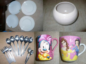 House clearance! 24 pieces of plates, mugs, cutlery, jug.. Students/ party/ flats for rent...