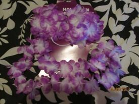 HAWAIIAN SHELL BRA AND GARLAND X 4 GREAT FOR FANCY DRESS PARTY OR HEN DO