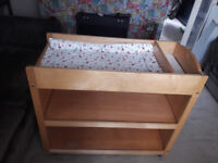 Baby changing unit/table