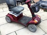 DAYS STRIDER MAXI XL CLASS 3 ROAD LEGAL VERY LARGE MOBILITY SCOOTER CARRY'S 31 STONE