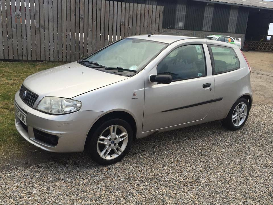 fiat punto 1 2 active sport 53 plate silver in muir of ord highland gumtree. Black Bedroom Furniture Sets. Home Design Ideas