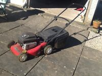 Lawnmower Petrol lawn mower