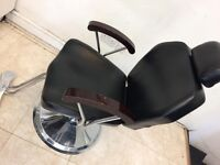 Hello dear,I want to sell my running Barber shop materials. are very good conditions(Barbebr CHAIR)