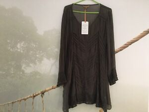 Women's tunic, new Wynnum West Brisbane South East Preview