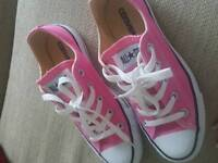 Low converse bright pink