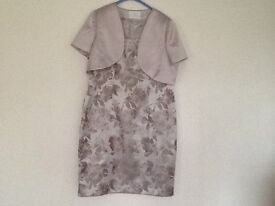 Mother of the bride outfit Jacquart Vert dress & jacket size 20