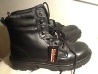 WORK BOOTS SIZE 8 NON SLIP STEEL TOE CAP