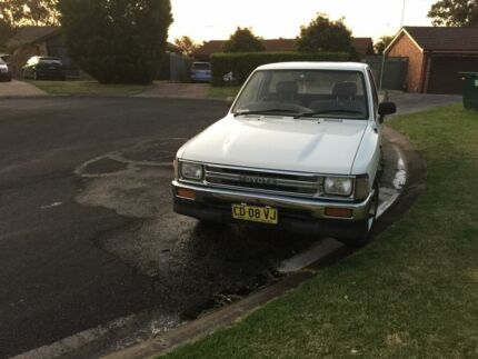 1991 Toyota Hilux Campbelltown Campbelltown Area Preview