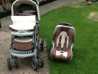 Graco Travel System in brown / beige and white.