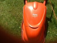 Flymo hovervac electric lawnmower