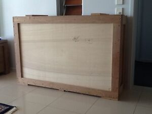 TV SHIPPING  BOX Twin Waters Maroochydore Area Preview