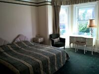 Large furnished double bedroom with en suite in spacious shared house - Available Now!