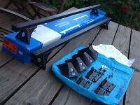 CRUZ Roof bars - 921 360 Fix kit - 935 475