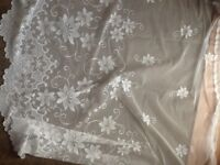 2x large white net curtains perfect for loung/living room/bedroom