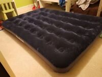 Double flocked inflateable airbed mattress