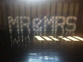4ft Mr & Mrs lights