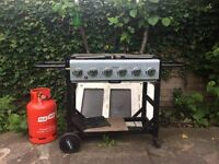 6 Burner Gas Barbecu Outback Party